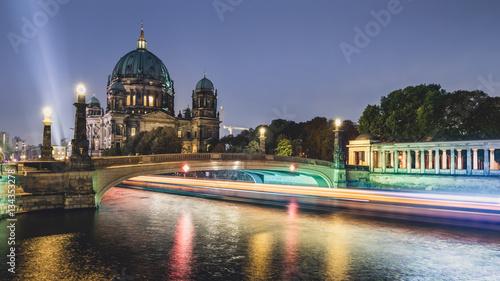 Berliner Dom Spreedampfer