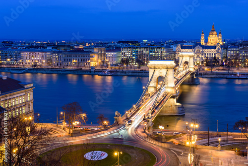 Poster Panorama of Budapest with the Chain Bridge at night, Hungary