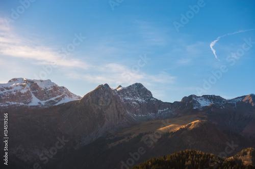 Plakát Mountain landscape in a sunny day