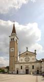 Church of Santa Maria Assunta in Mogliano Veneto. Italia - 134589296