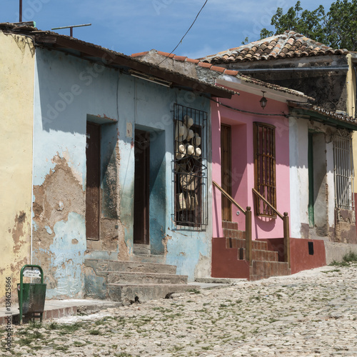 Poster Kuba, Trinidad; Hutmacher in den Straßen der Altstadt