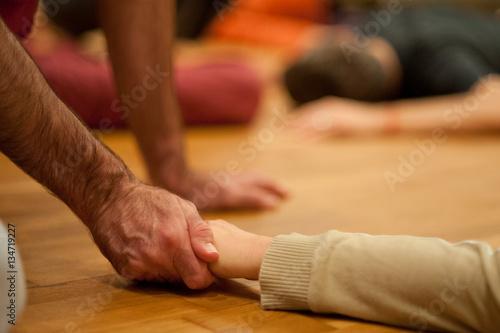 Poster Achtsame Berührung und sanfte Massage