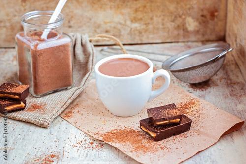 Papiers peints Chocolat Hot chocolate selective focus