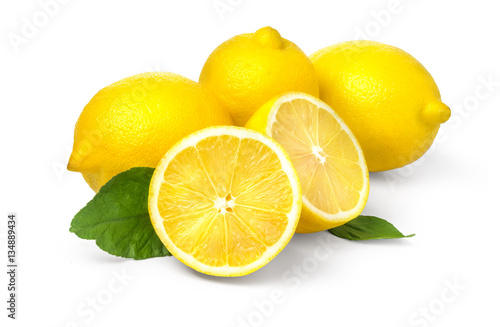 Poster Lemon with leaves on white