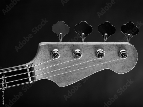 Poster Electric bass guitar headstock
