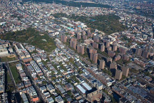 Deurstickers New York Claremont village. New York. Bronx. Helicopter view