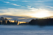 Quadro Nebel über Schneefläche am Abend