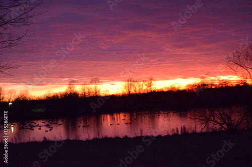 Foto op Aluminium Crimson Lake Twilight