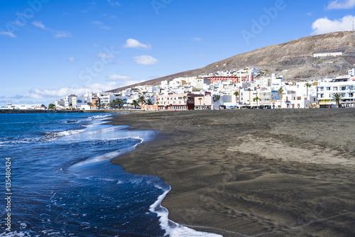 Deurstickers Canarische Eilanden Beach, bay of Gran Tarajal on the Island of Fuerteventura, Canar