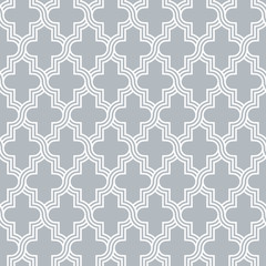 Arabesque quatrefoil lattice pattern outline