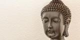 Buddha auf weissem Hintergrund