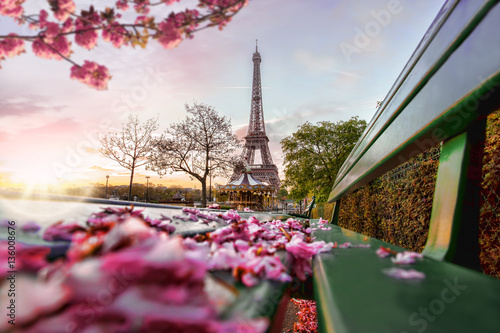 Poster Eiffel Tower during spring time in Paris, France