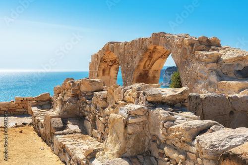 Papiers peints Chypre Limassol District, Ruins of Greek ancient arches in Kurion, Cyprus.