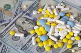 Таблетки и доллары.