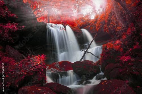 Man Daeng waterfall.