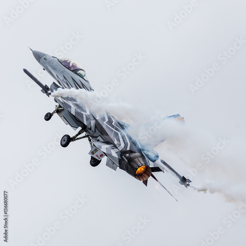 Belgian Air Component F-16AM Fighting Falcon climbs into the sky