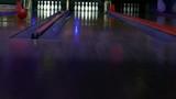 Tenpin bowling, hitting only one pin