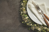 Wreath around plate table setting