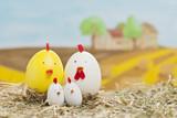Ostereier auf der Hühnerfarm