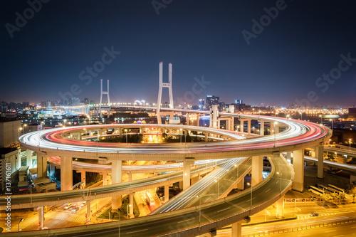 Poster shanghai nanpu bridge at night
