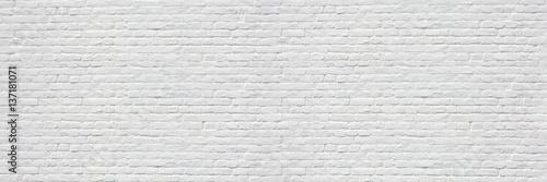 Mur en briques blanches - 137181071