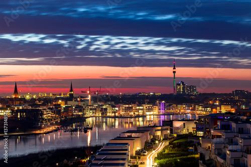 Leinwanddruck Bild Phönixsee in Dortmund