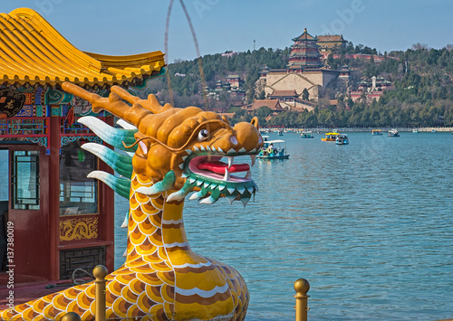 Foto op Canvas Peking Dragon boat on the Kunming Lake, Beijing, China
