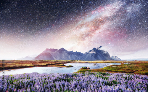 Aluminium Purper The picturesque landscapes of forests and mountains Iceland.