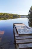 Деревянный причал на озере на Соловецком острове