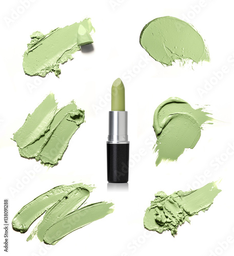 smear paint of cosmetic products - 138091288