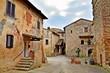 antico borgo toscano di Abbadia a Isola nel comune di Monteriggioni, Siena Italia