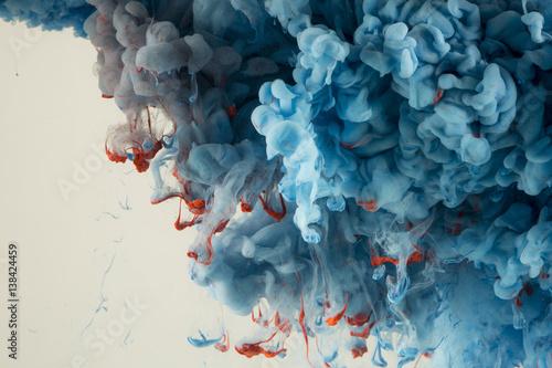 Abstrakcjonistyczna Kolorowa farba w Wodnym tle