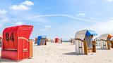 Strandurlaub an der Nordee - Strandkörbe am Wattenmeer