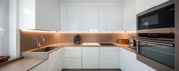 Modern kitchen © alexandre zveiger