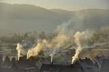 Dymy nad domami