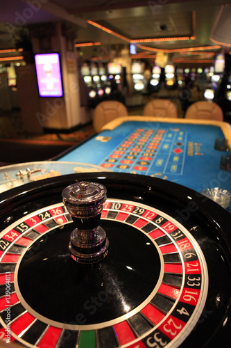 Poster Roulette wheel in casino