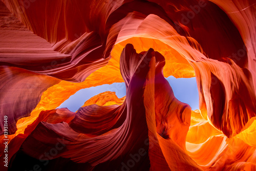 Staande foto Oranje eclat Antelope Canyon natural rock formation