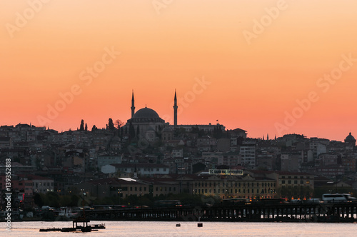 Poster Istanbul skyline at sunset