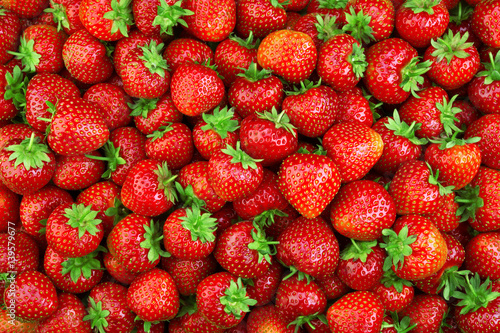 Strawberry. Fresh organic berries macro. Fruit background - 139579677