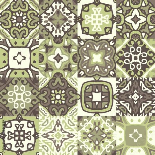 vintage-plytki-ceramiczne-bezszwowe-wektor-wzor-z-motywami-ozdobnymi