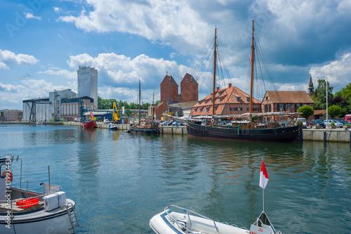 Fotobehang Schip Hafen in Neustadt in Holstein