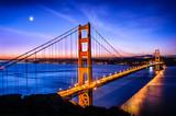 Most Golden Gate, San Francisco o wschodzie słońca, USA
