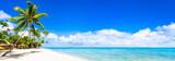 Plaża panorama z turkusowym błękitnym morzem