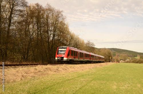 Nahverkehrszug, Eisenbahn