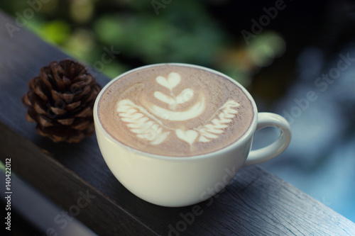 Papiers peints Cafe Cup of coffee with beautiful Latte art