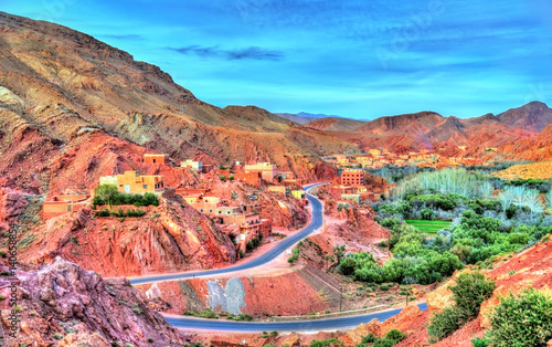 Poster Oranje eclat Landscape of Dades Valley in the High Atlas Mountains, Morocco