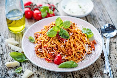 Spagetti bolognese - 140687277