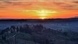 tramonto sulle colline del Chianti in Toscana