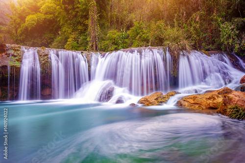 Zdjęcia na płótnie, fototapety na wymiar, obrazy na ścianę : Jiulong waterfall in Luoping, China.