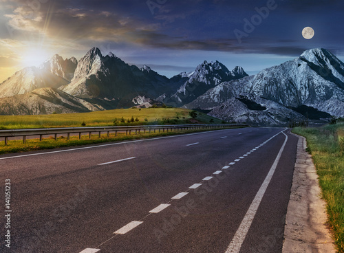 highway to the tatra mountain ridge